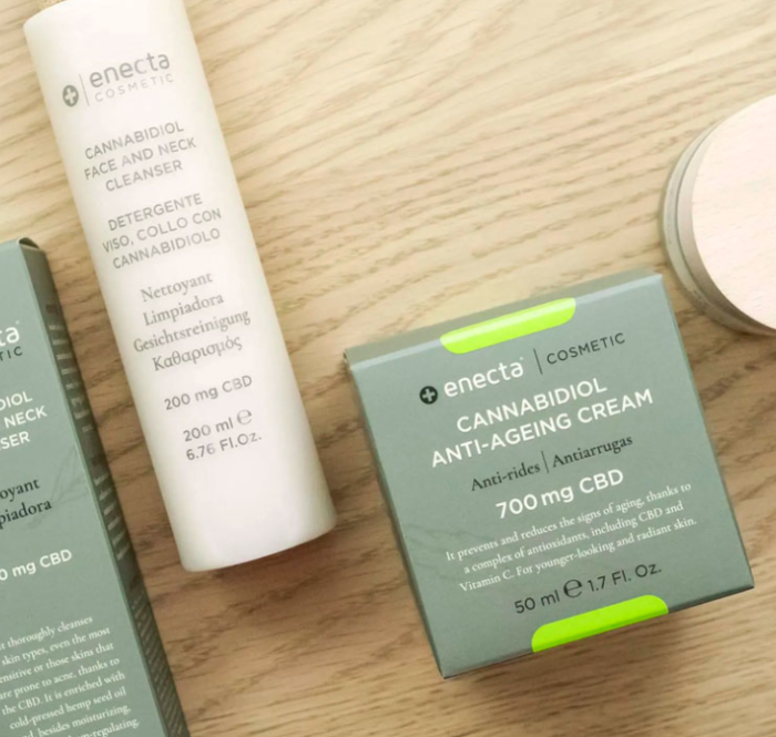 CBD-based cosmetics have recently become a major trend in cosmetics, as they are not only new, but also offer proven benefits for the skin, proving to be effective and efficient.